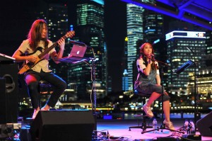 Moonlight Melodies with Chriz Tong – 月来乐响 《汤薇恩 戏唱中秋》 Performance Set 1