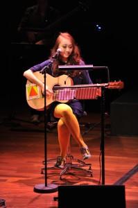 Chriz Tong's Unfinished Concert 《汤薇恩 没唱完的情歌 专场音乐会》
